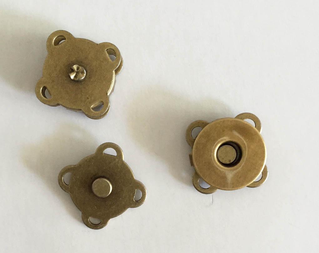 マグネットホック(縫い付け) 14mm 本体価格120円